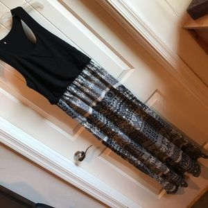 Dresses & Skirts - Two Tone Maxi Sun Dress Black and White Large